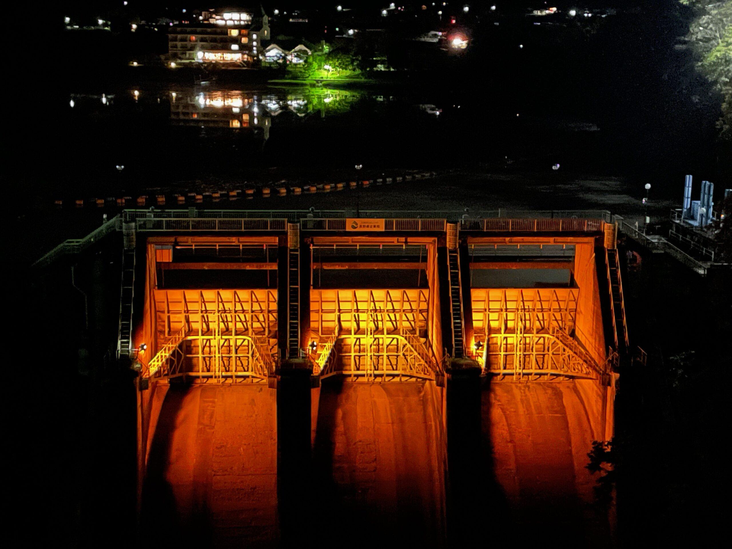 高遠ダムのライトアップが始まりました!